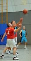 Basketball Ü55 BG Hagen - VFL Osnabrück BG in Blau Nr.15 Ronny Hildebrandt (Foto.Richard Holtschmidt)