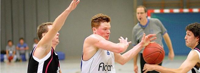 Torben Paulsen steuerte acht Punkte zum BG-Erfolg in Herford bei.Foto: Michael Kleinrensing BG Hagen an der Spitze